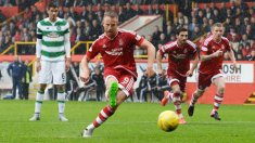 adam-rooney-aberdeen-equalises-penalty-celtic_3349854