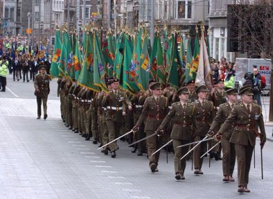 16/4/2006: Military personal, vehicles and troops march down O'Connell St in the Easter Sunday Parade. ©Picture: JOHN COGILL