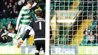leigh-griffiths-celtic-hamilton-griffiths-scores-michael-mcgovern_3402578